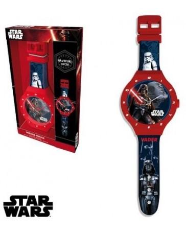 Nástěnné hodiny Star Wars.